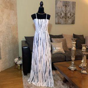 SOFT SURROUNDINGS | Maxi Dress | Medium Tall